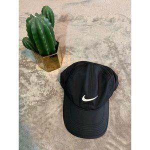 Nike Featherlight Adjustable Hat Size One Size